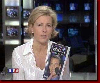 Claire Chazal faisant la promotion du livre de Jean-Pierre Pernaut